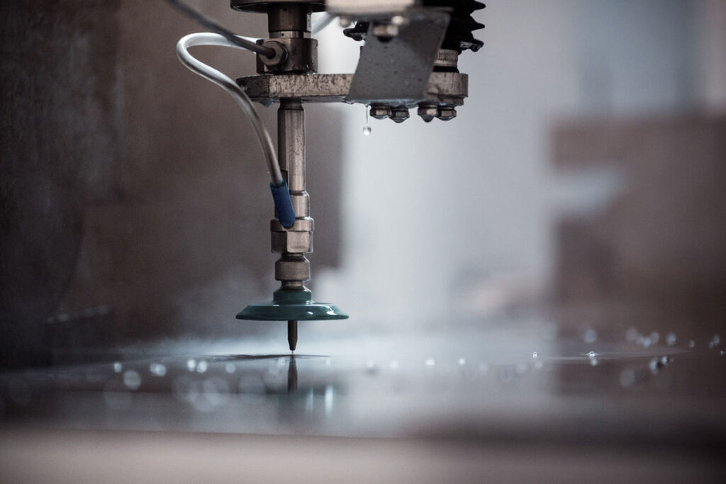 лазерная резка - гидроабразивная резка - резка цветного металла - подбор технологии резки металла