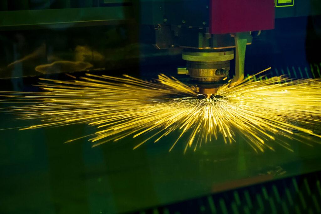 лазерная резка металла - волоконный лазер - лазерная и плазменная резки металлов - резка металла киев