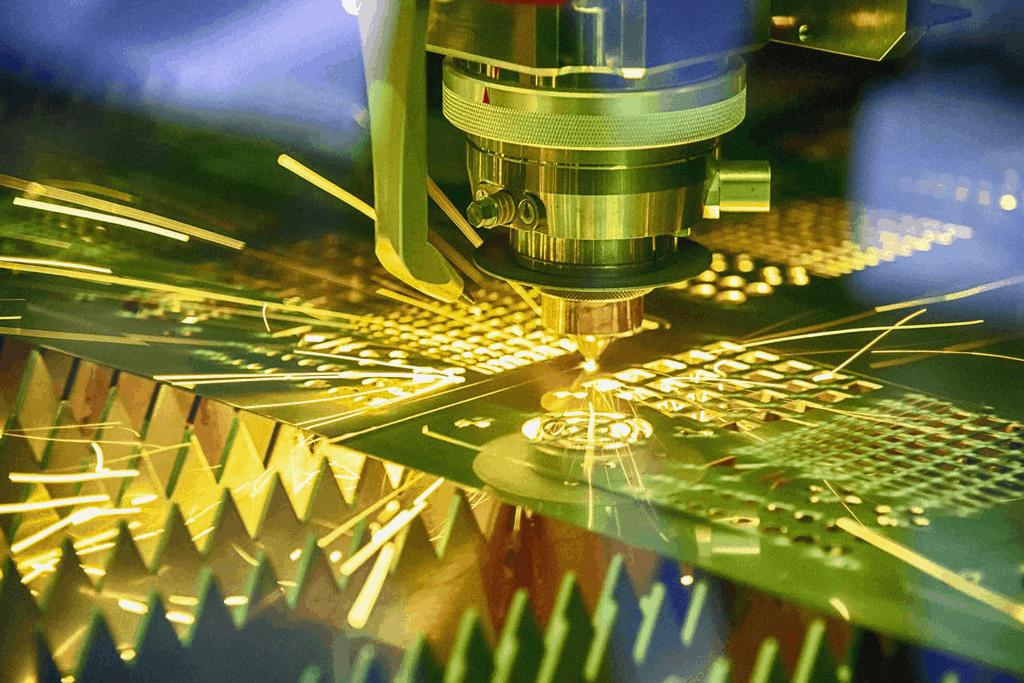 резка металла - волоконный лазер - технологии резки металла - резка металла киев