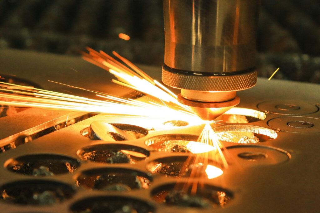 плазменная резка - услуги плазменно резки - плазменнная резка металла киев